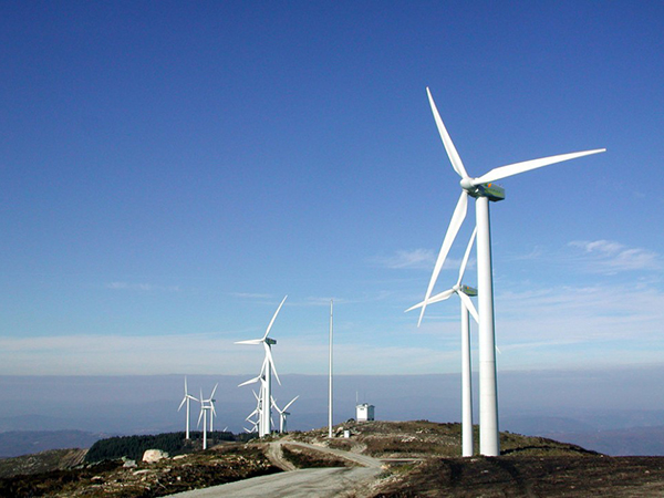 Wind power generation and two classifications of wind turbines